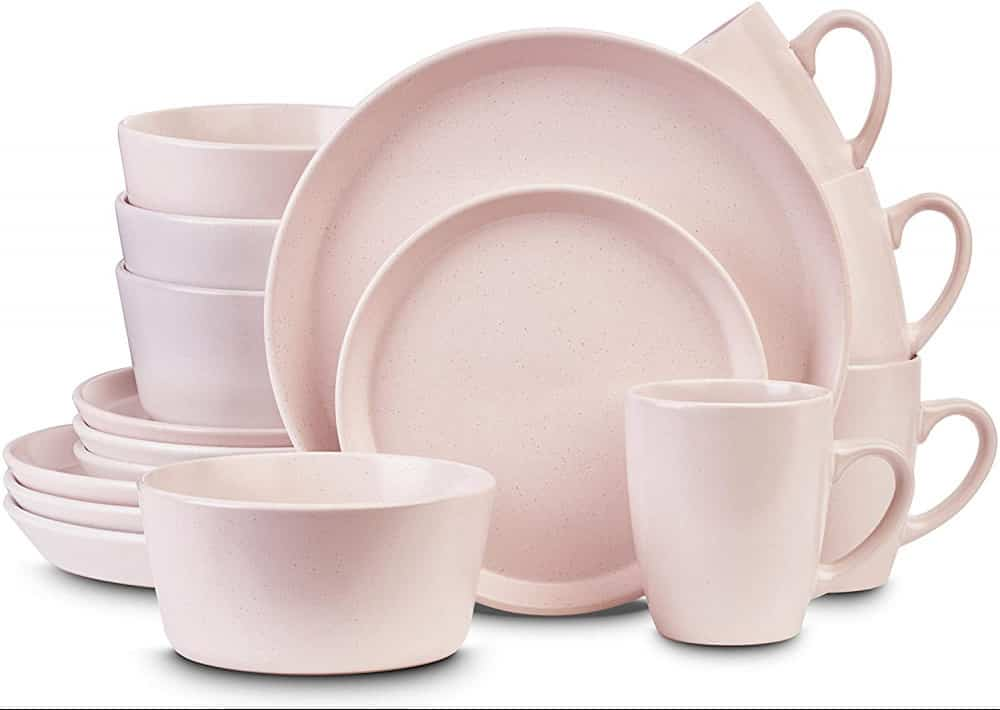 Best Dinnerware Sets for Everyday Use with Families